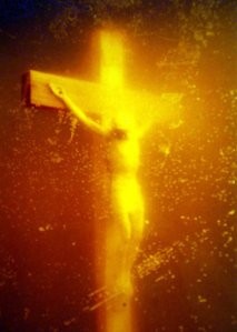 Piss Christ: Benoit XVI interviendra-t-il ? Serrano-andres-piss-christ-1987